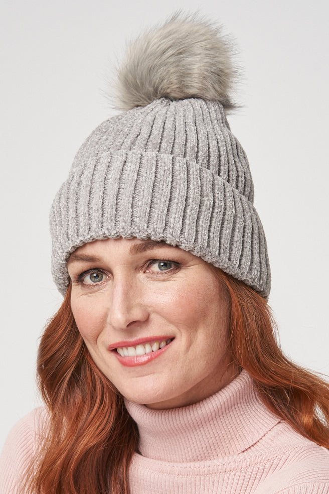 Christine chenille beanie/toque - light grey