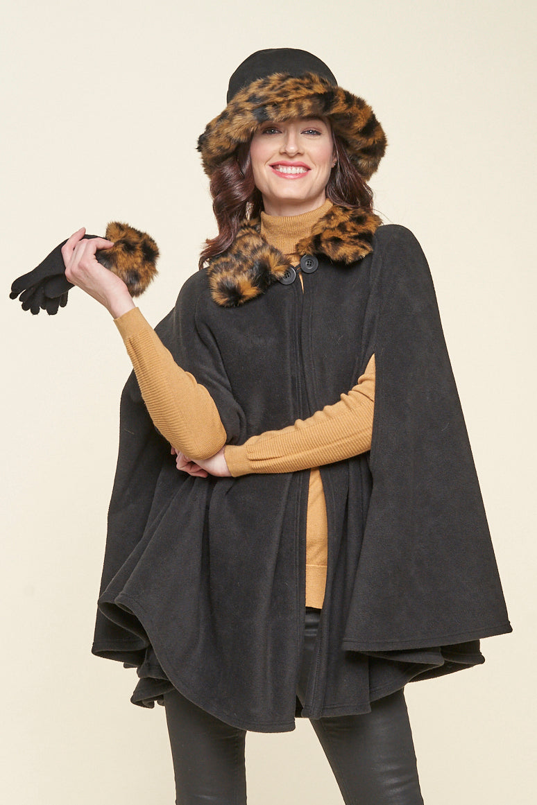 Eliana one size faux fur collar cape