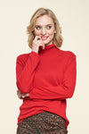 Almondy Turtleneck - red