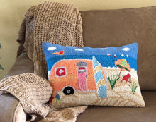 Peking Handicraft Beach Caravan Pillow - 14 x 20 - Hooked Wool