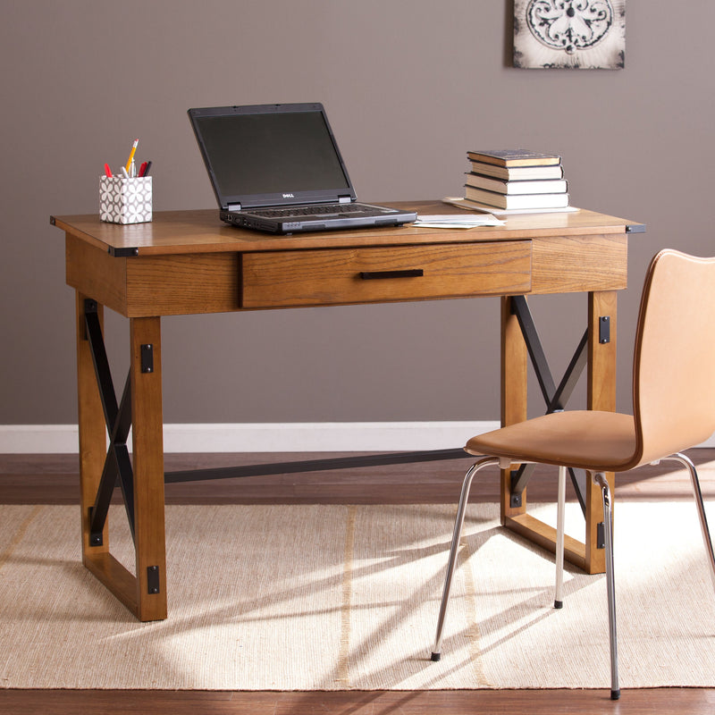 Distressed Pine Adjustable Height Desk - RoomsandDecor.com