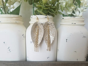 Ivory and Gold Pinched Leaf