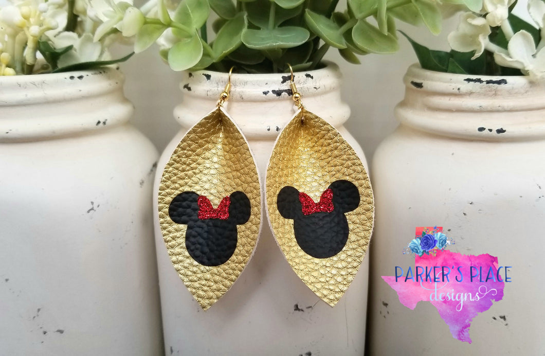 Disney Minnie Mouse Pinched Leaf