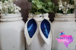 Blue and White Pinched Feathers