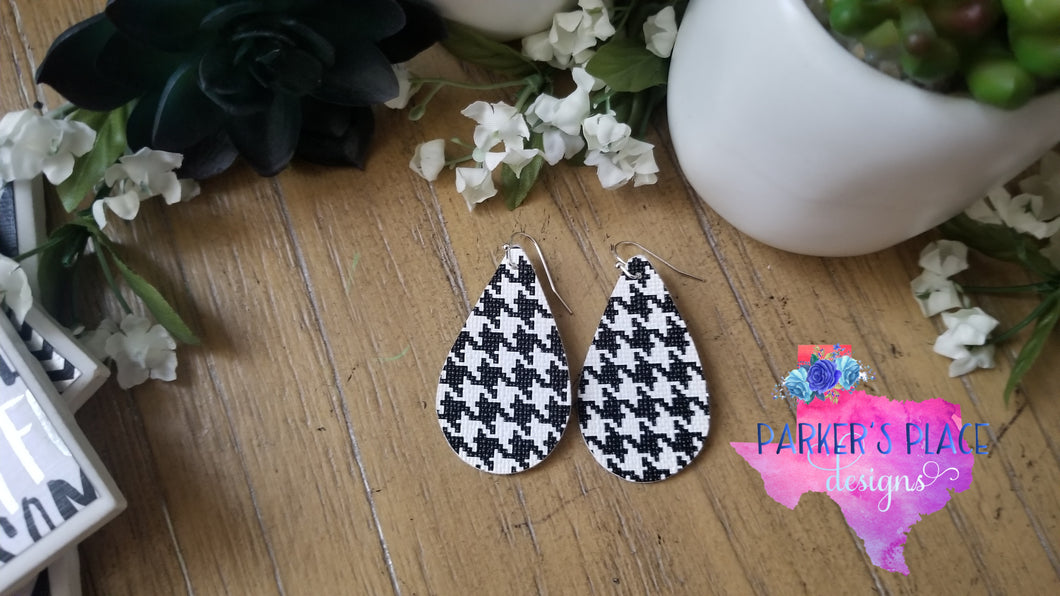 Houndstooth Teardrops