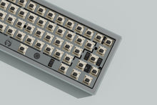 Load image into Gallery viewer, wilba.tech Salvation Keyboard GB