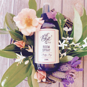 Naturally Scented Pretty Posy Room Spray 250ml
