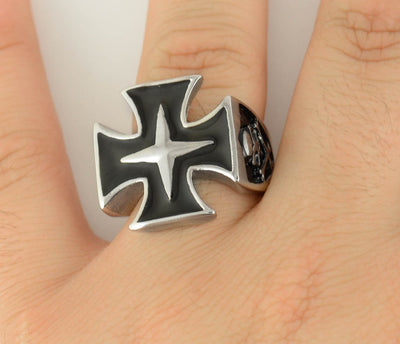 Maltese Cross Biker Ring