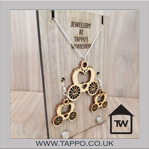 Princess Carriage Jewellery Necklace and Earrings Oak