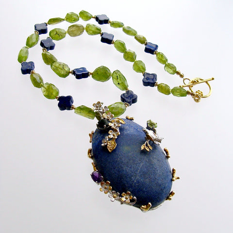Peridot Nuggets Quatrefoil Lapis Foliate Pendant Necklace - Avery Necklace