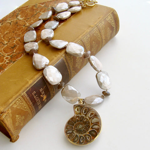 #3 Cibele Necklace - Moonstone Nautilus Fossil
