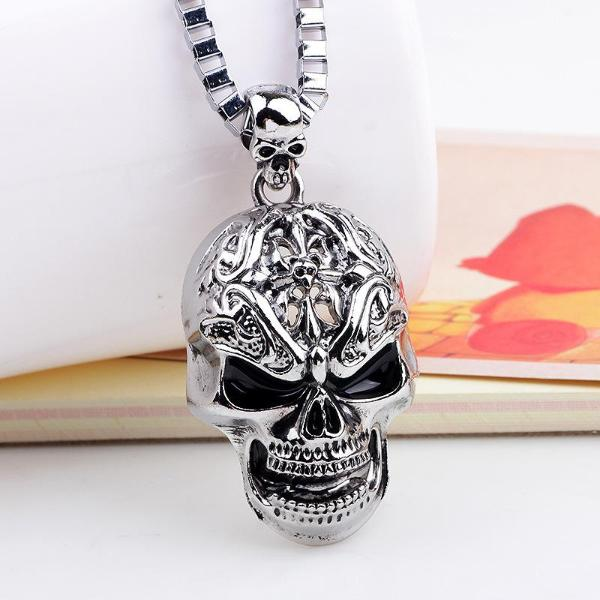 Groite Skull Necklace