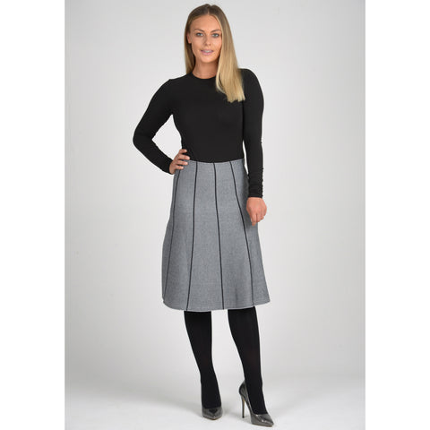 Ladies Ribbed Knit Skirt