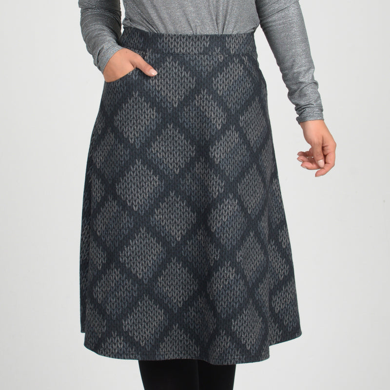 Long modest skirts for the jewish adult women. Winter, autumn wear
