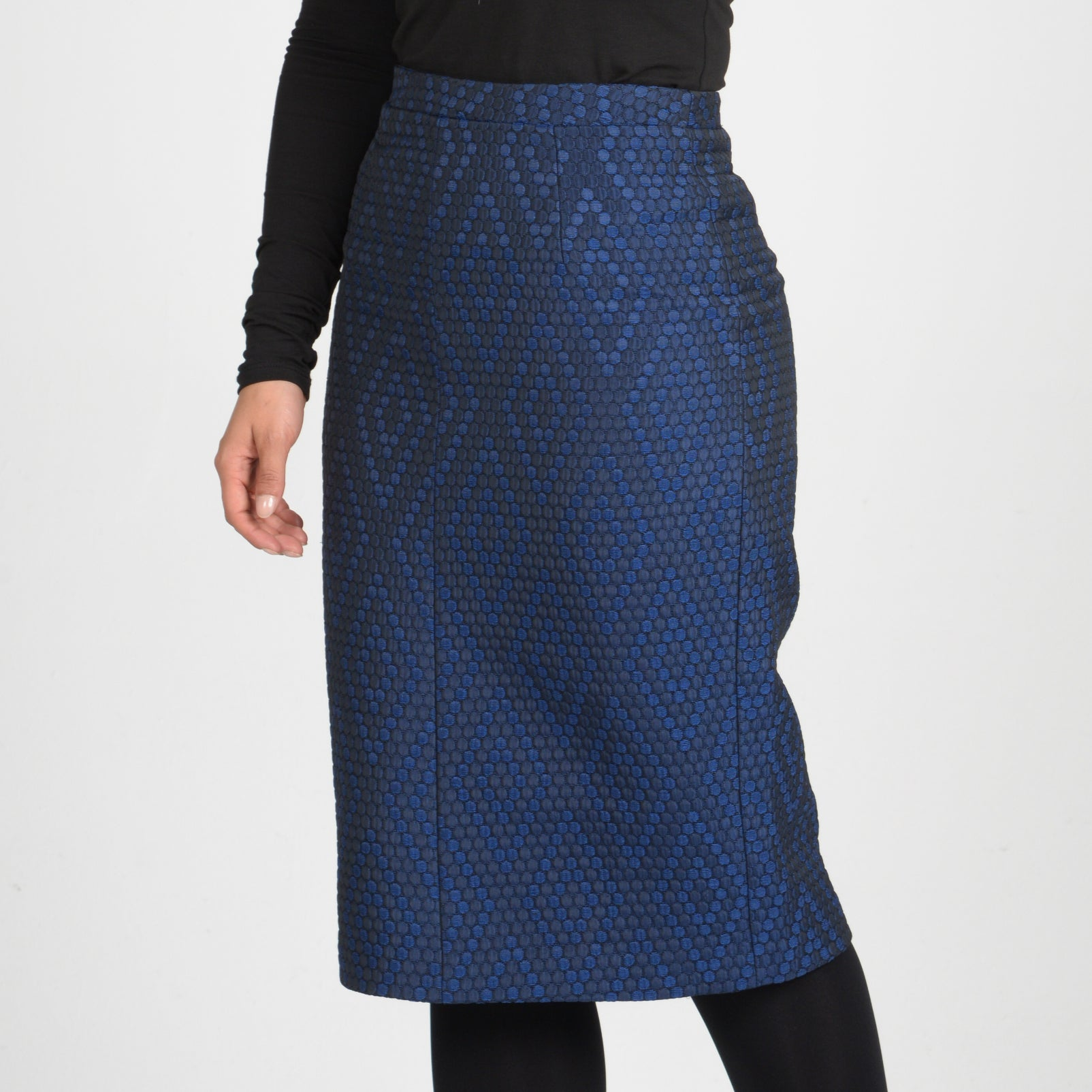 Womens BGDK quilted navy skirt knee length dotted pattern