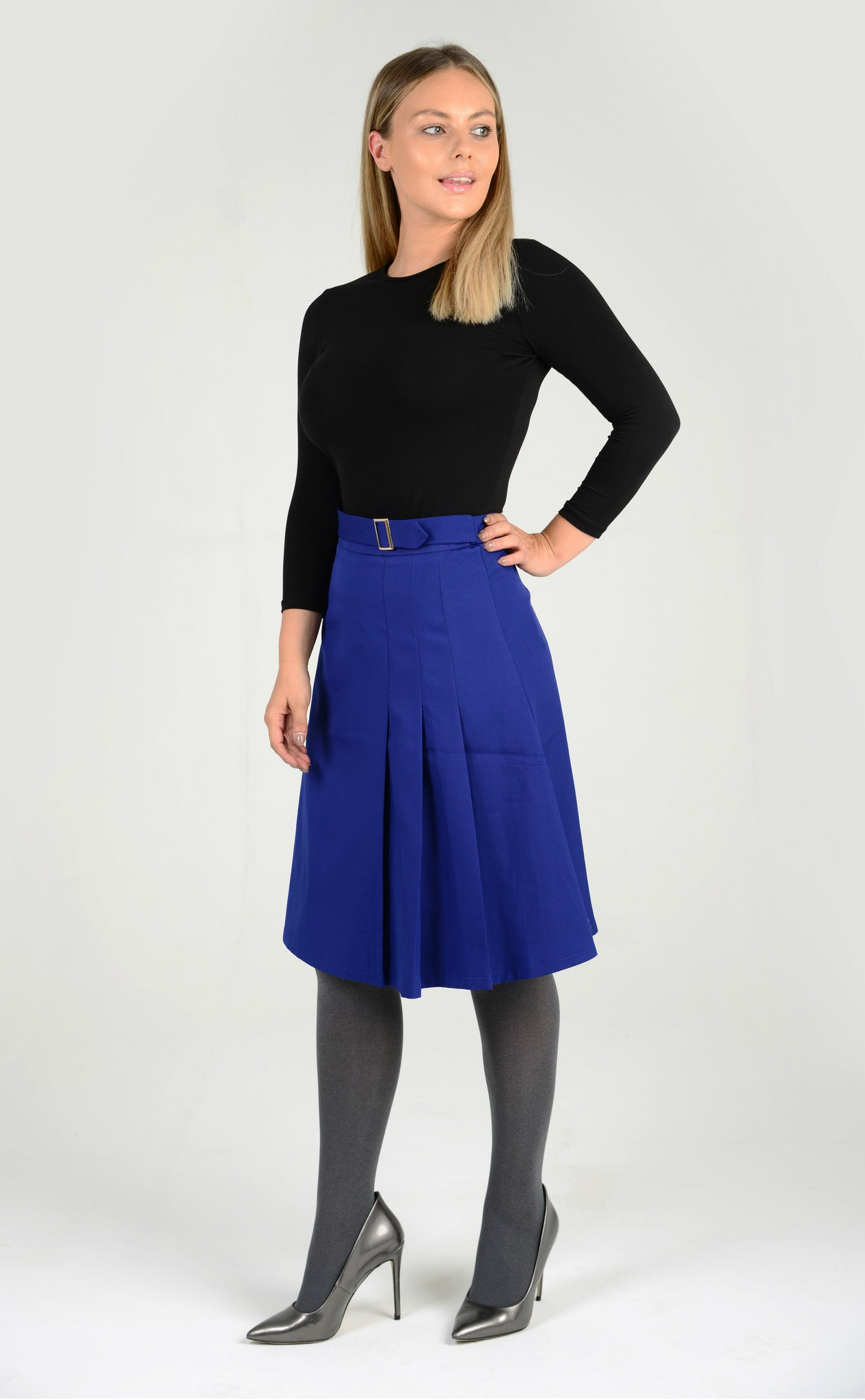 Pleated A-line Skirt with Belt