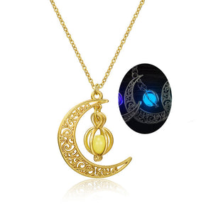 Luminous Moon Stone Necklace