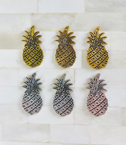 Silver & Gold Pineapple