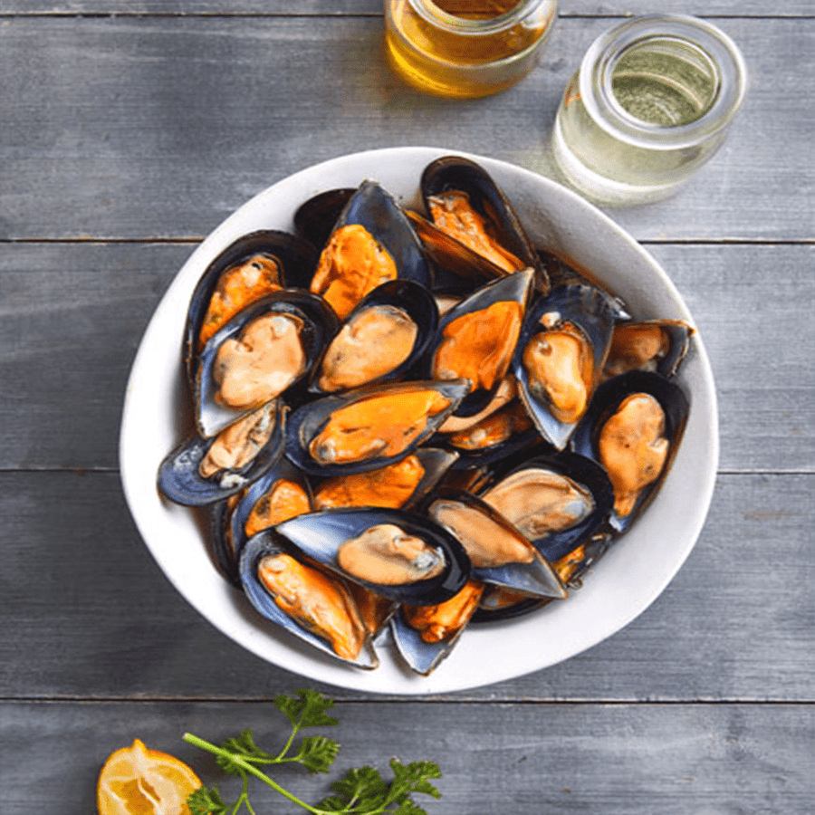 Caught Online Half Shell Mussels 900g Pack