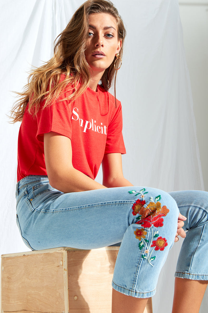 Denim Embroidered Mom Jeans - Blue