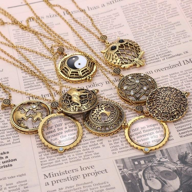 Vintage Magnifying Glass Pendant Necklace
