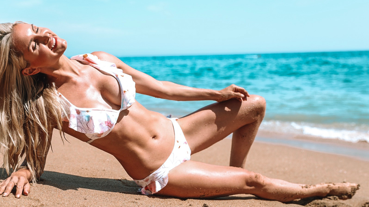 Quick SUMMER ABS - moves to trim & slim the waistline!