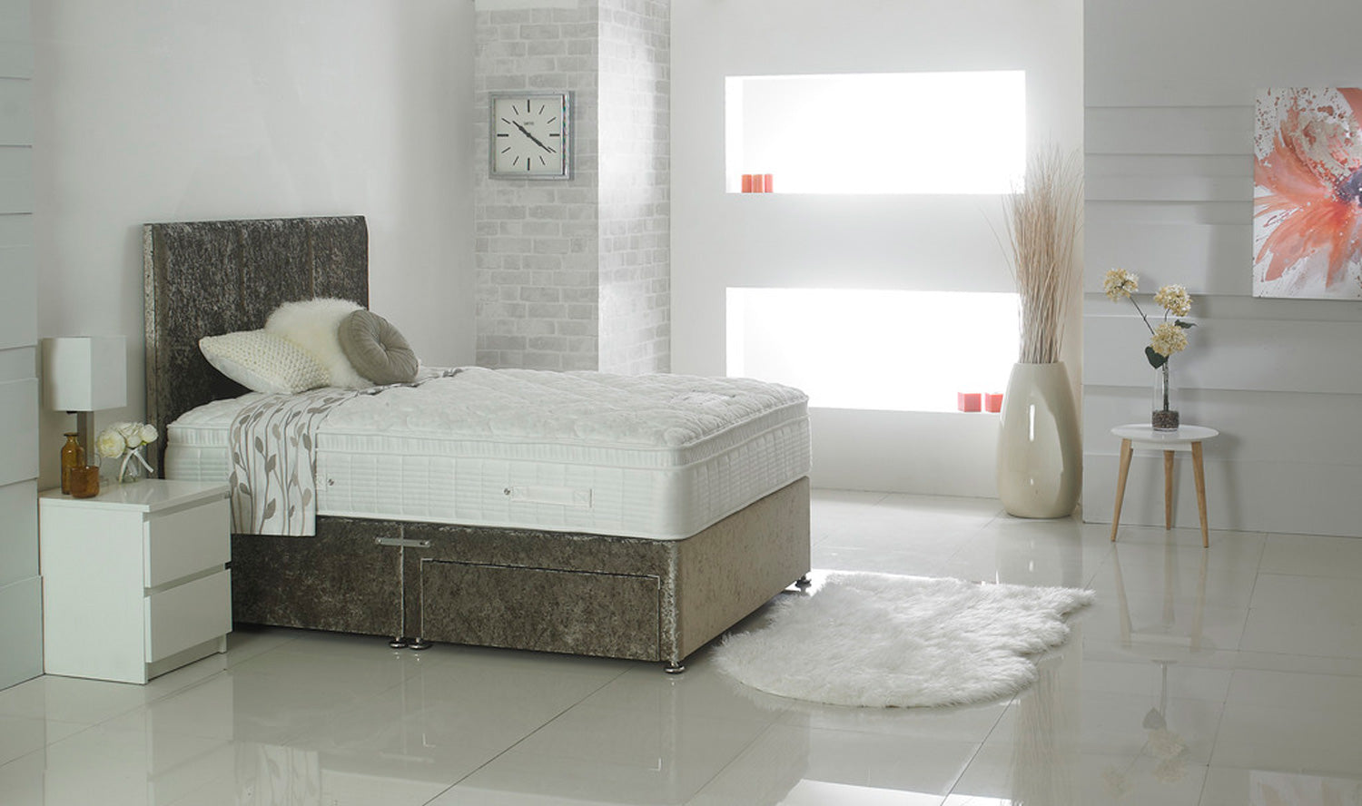 Celebration 1800 Deluxe (Mattress = Medium)
