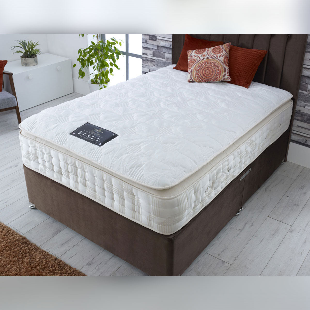 Diamond Collection Majesty 3000 Pocket Sprung Natural Pillow Top Divan Bed Medium Firm 32cm Deep