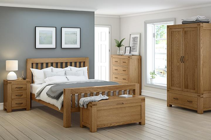 Montreal Solid Oak Bed