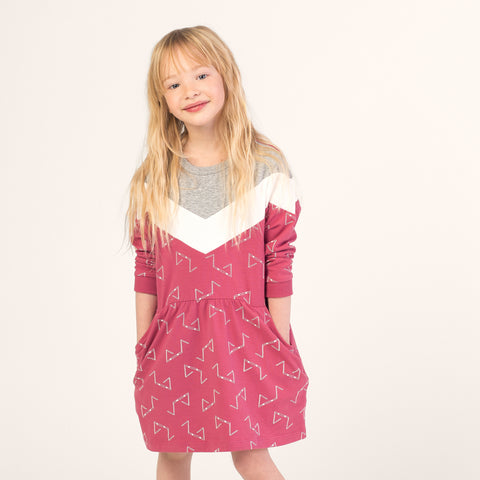 Robe rose « Haies de course »