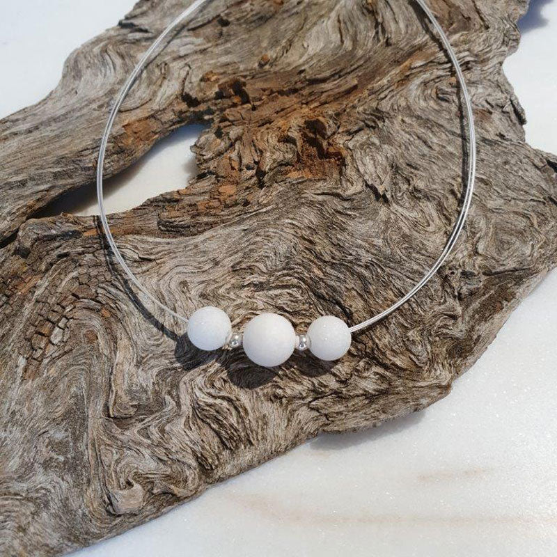 Necklace with marble balls