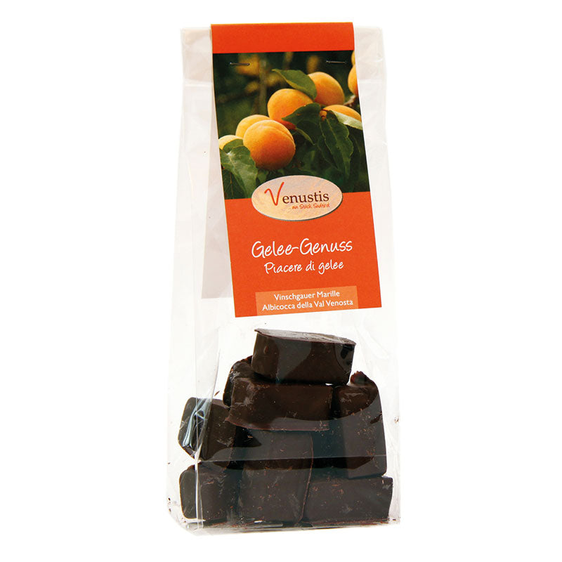 Fruit jelly in the chocolate hotel with Vinschgauer Marille- Venustis