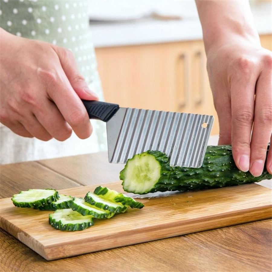 Premium Wave Style Chef Knife For Professional Plating