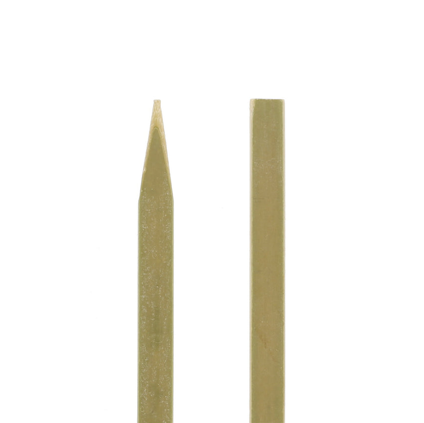 "10"" Flat Bamboo Skewers - Closeup of Ends"