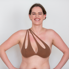 Be your confident self in this seamless, one shoulder nude bra. The feeling of going braless with supreme comfort and subtle support.