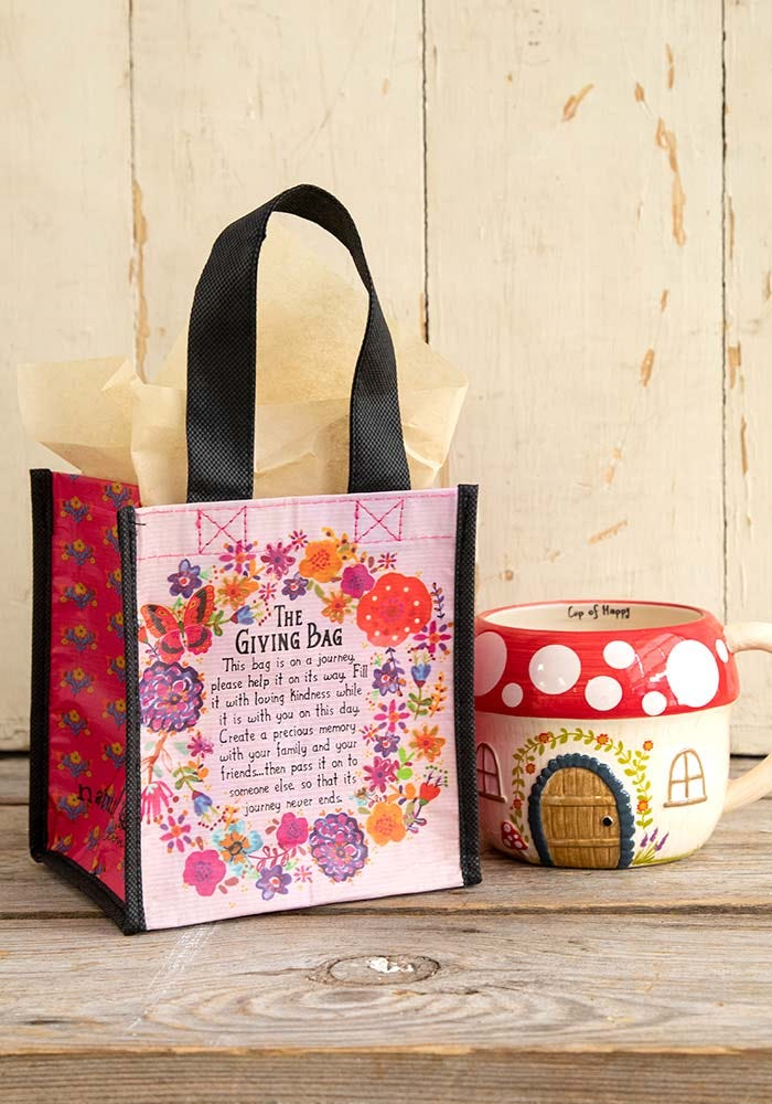 Giving Bag in Small Butterfly Pattern