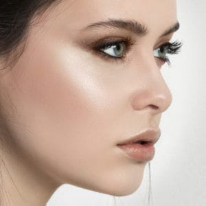 Beauty Lesson: Highlighting and Contouring | Cosmetics Diary