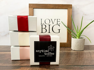 Valentine's Day assorted toffee set