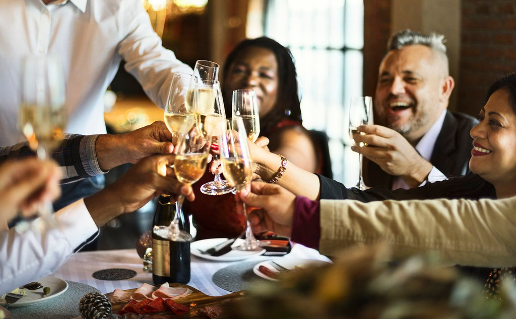5 Tips for an Awesome Holiday Soiree (Pro Tips)