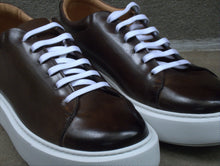 CHOCOLATE BROWN CLASSIC FASHION SNEAKERS