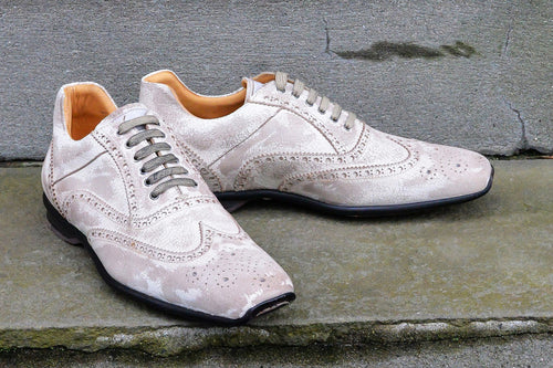 WHITE SPORT STYLE SHOES