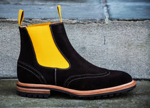 BROWN SUEDE COUNTRY STYLE CHELSEA BOOTS