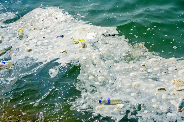 plastic ocean debris pollution