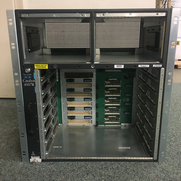Cisco Catalyst 4507R Chassis Managed multi-layer Modular PoE 7 Slots 48 GBps 2 Power Bays