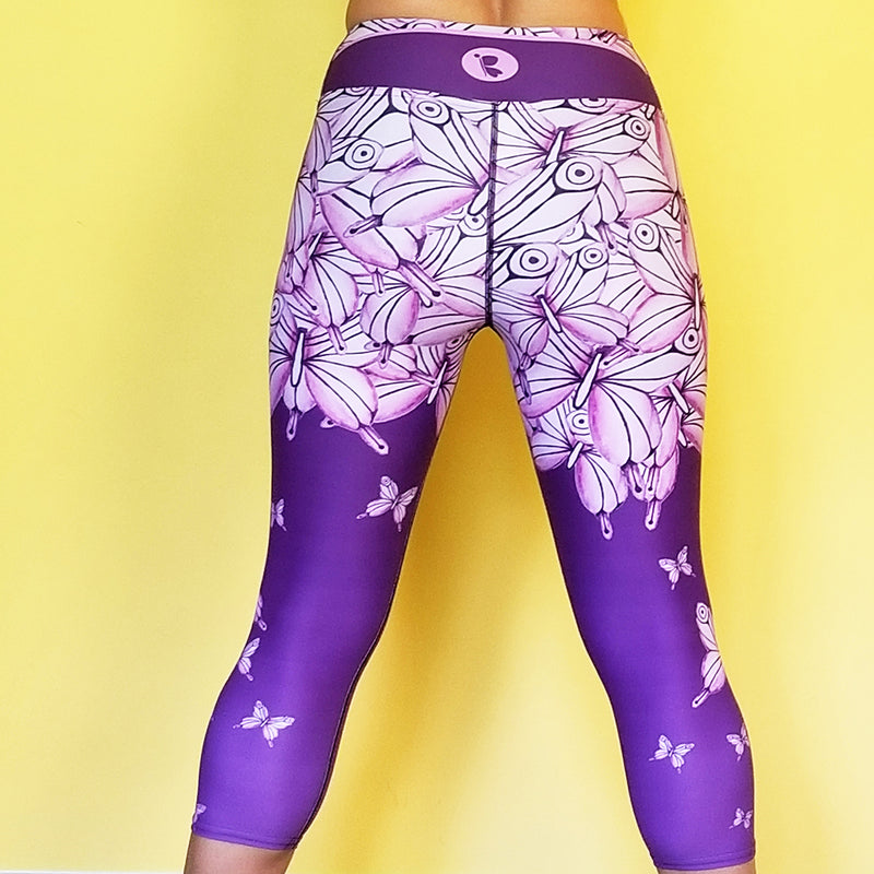 Women's Activewear. Comfortable Capris leggings with soft fabric. Butterfly print. Get the matching outfit! Exclusive design by RedButterfly by Omaris.