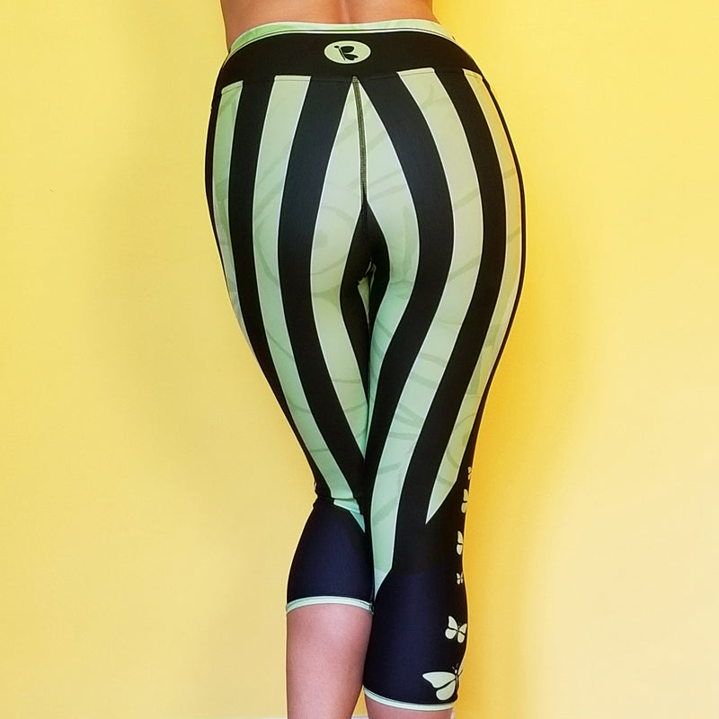 Women's Activewear. Comfortablecapris with stripes. Get the matching outfit! Exclusive design by RedButterfly by Omaris.