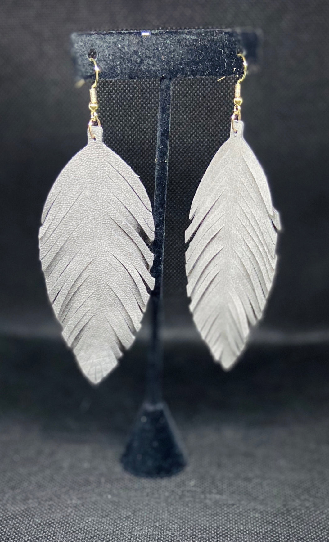 """SHREDDED LEAF EARRINGS"""