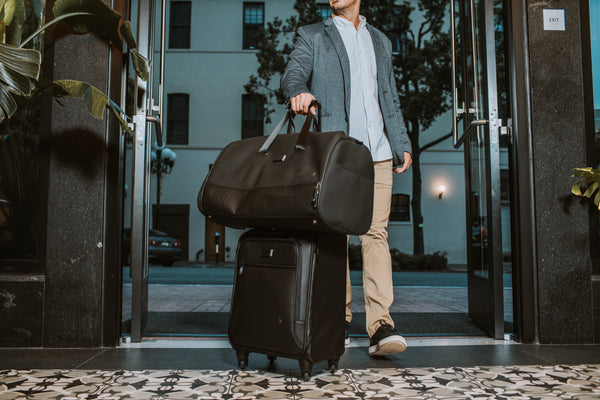 2020 Guide to Picking the Best Garment Duffel