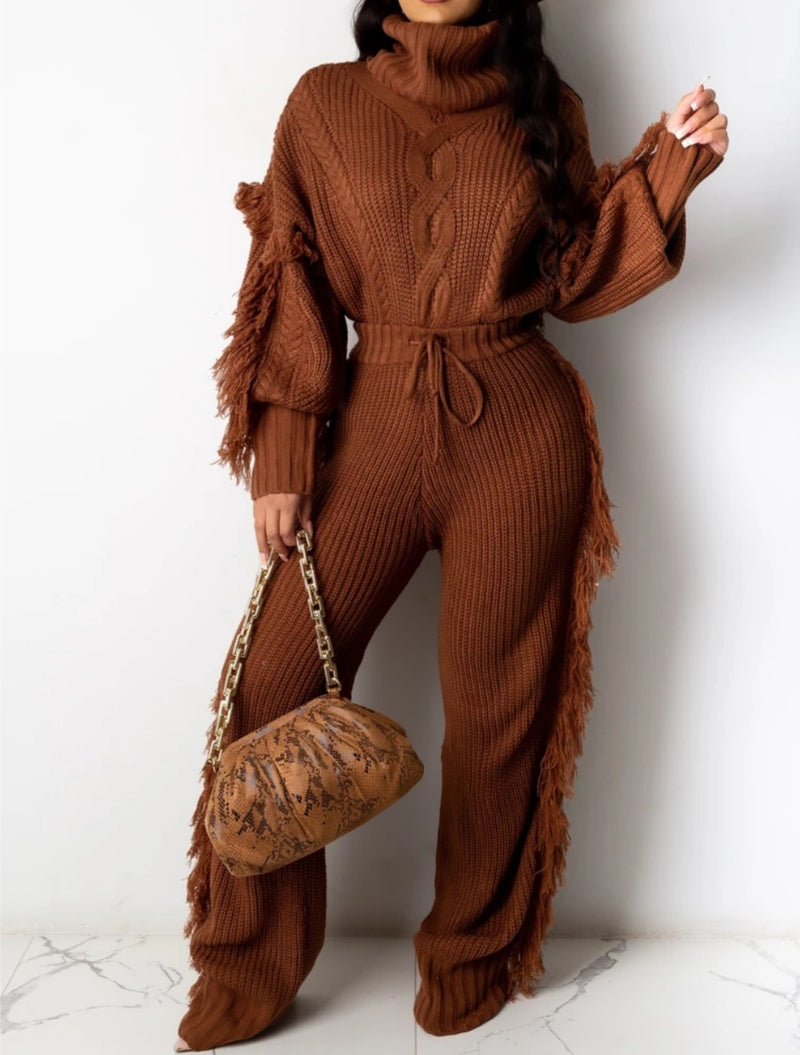 Play with Comfort Fringe Sweater Pant Set