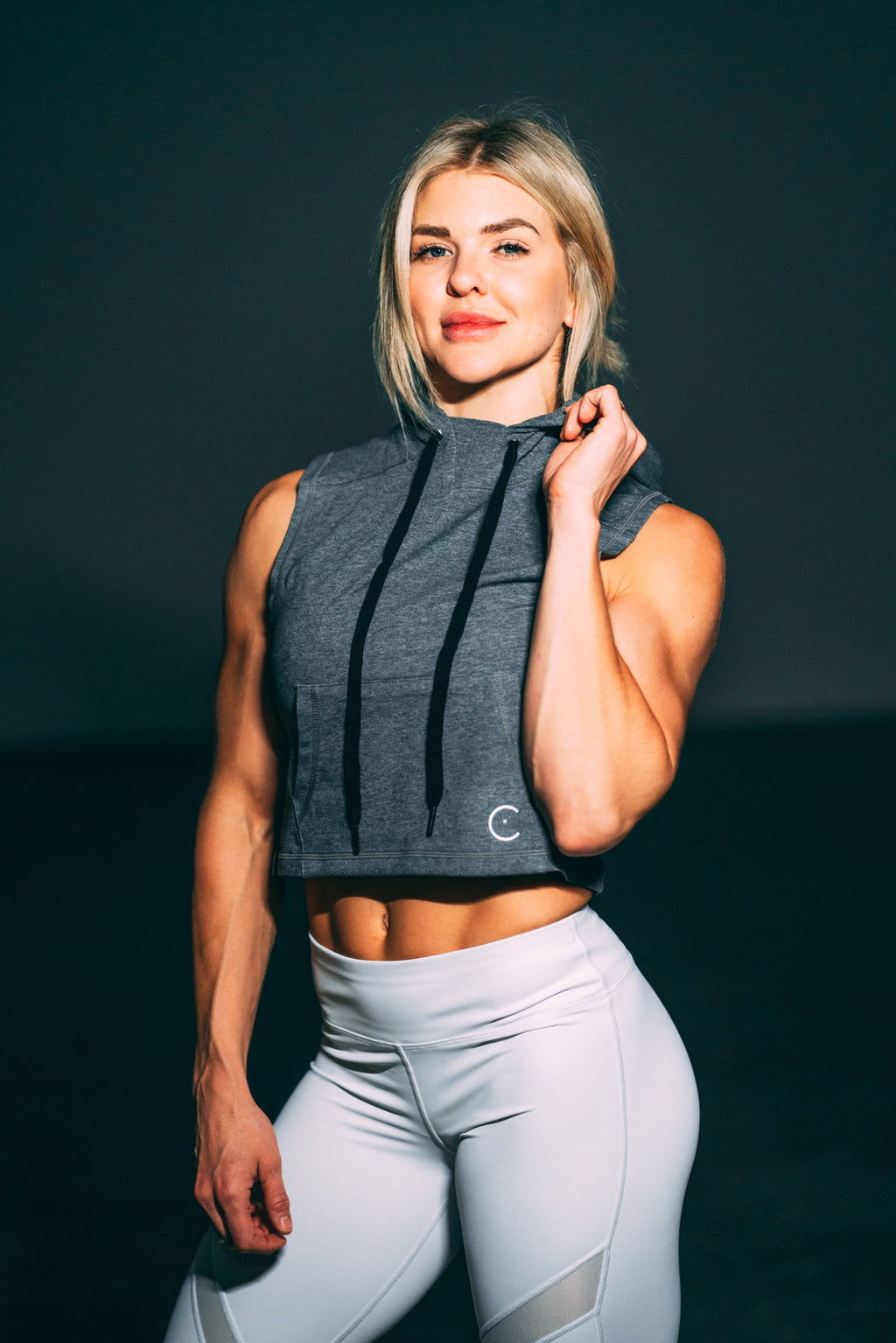 Crop it like it's hot Muscle Hoodie - Grey